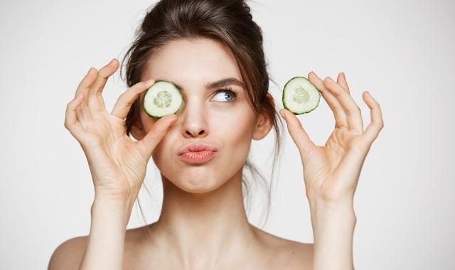 收缩毛孔办法,一篇告诉你吃什么水果收缩毛孔   收缩毛孔粗大的话